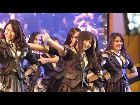 JKT48 performance @ MSC Taman Anggrek 01092017