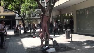 Repeat youtube video Le festival de la nudité a débuté à Bienne
