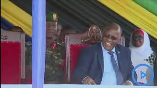 Uhuru consoles President Magufuli for the defeat by Harambee Stars at Afcon