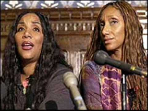 Sister Sledge- Thinking Of You (Live)