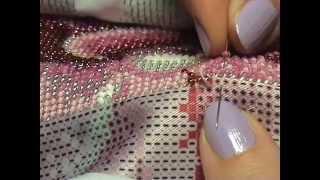 #вышивкабисером #иринасафронова Вышивка бисером. Организация рабочего места и сам процесс вышивки.