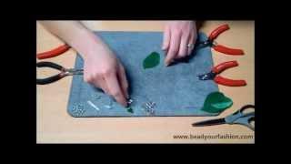 Sieraden maken - DIY Project 11: Oorbellen met veertjes maken Thumbnail