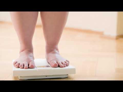Как избавиться от лишней жидкости в организме и отеков быстро в домашних условиях