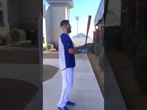 KC Royals 1B Eric Hosmer breaks down his stance in the latest #StancesWithSande
