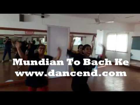 'Mundian to Bach ke' (Punjabi MC) Bhangra at Dancend!