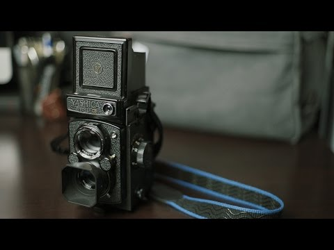 Yashica Mat-124G Review