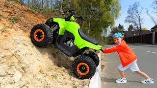 Квадрик - Вездеход.Tisha ride on children's QuadBike and stuck in the ground