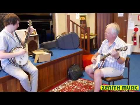 Dan Walsh & Ian Simpson on two Deering Banjos