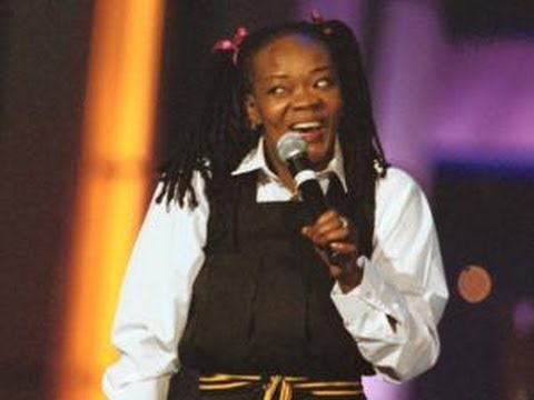 Brenda Fassie - Vulindlela (Live Performance at KORA2001)