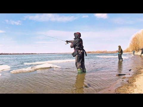 Береговая ловля НА СПИННИНГ. Первые ТРОФЕИ весенней рыбалки 2019!