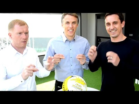 Paul Scholes & Gary, Phil & Tracey Neville Star In Manchester Thunder Promo - Scholesy's Face!