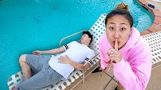 I PUSHED STOVE INTO THE POOL AND IT WAS SO FUNNY!! Like Lizzy Merch!!   https://www.likelizzy.com/ MY GAMING CHANNEL ...