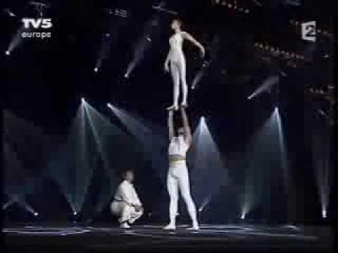 Wu Zhengdan & Wei Baohua - Acrobatic Chinese Ballet