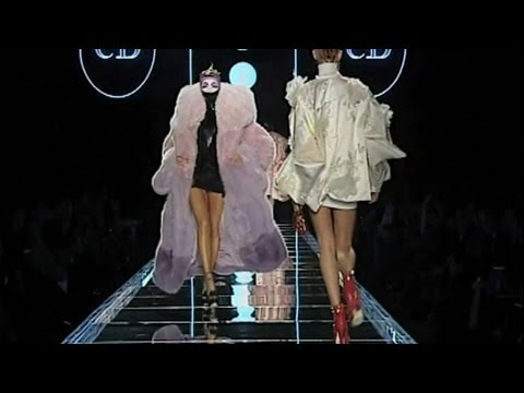 Christian Dior Fall/Winter 2003 Full Show | EXCLUSIVE | HQ