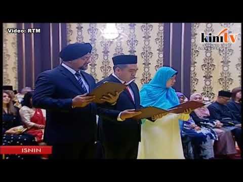 Wan Azizah, Malaysia's first woman DPM