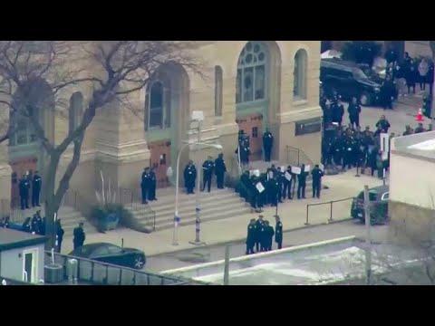 Funeral held for slain Chicago police officer