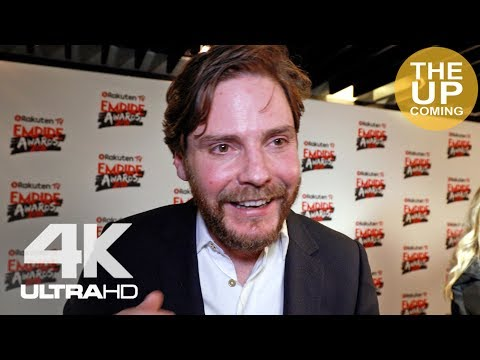 Daniel Brühl  on becoming a director and the Avengers at Empire Awards 2018