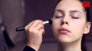 Správný výběr make-upu a jeho nanášení / JOY Beauty Studio Thumbnail