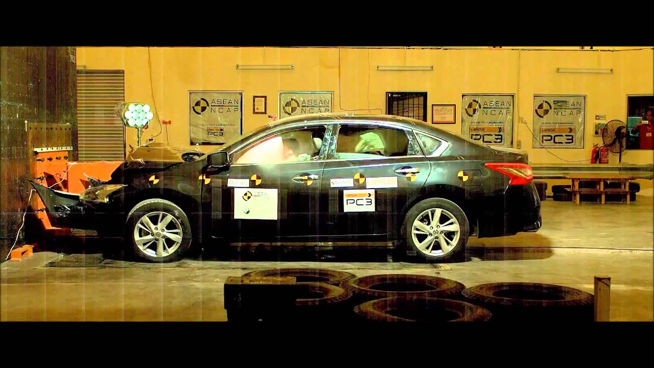 ASEAN NCAP  Nissan Teana crash test  5 star safety rating  YouTube