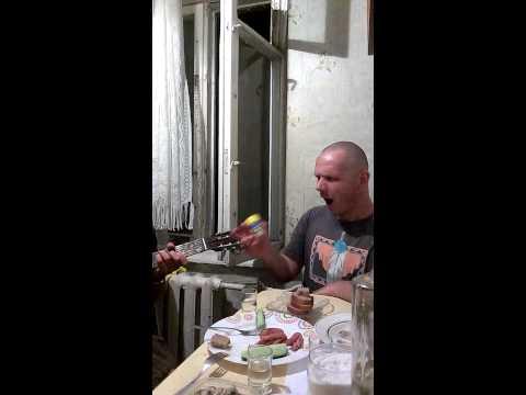 Путин хуйло украинская народная рок версия