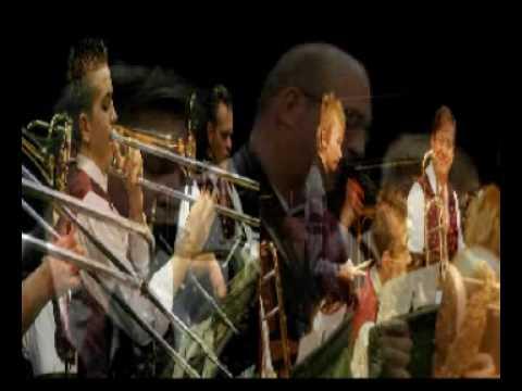 Blaasorkest Geldrop - James Last Medley