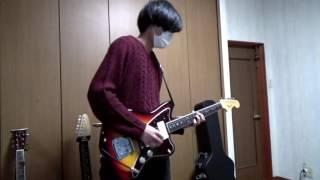 僕です。 クリスマスですね。 見ての通り僕はギター弾いてました。 Twit...