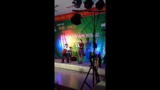 Cô Gai Vót Chông acoustic cover_by Vân Tay