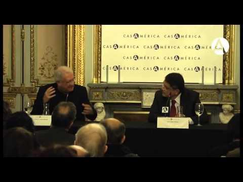Conversación entre Sergio Ramírez y Juan José Armas Marcelo   YouTube