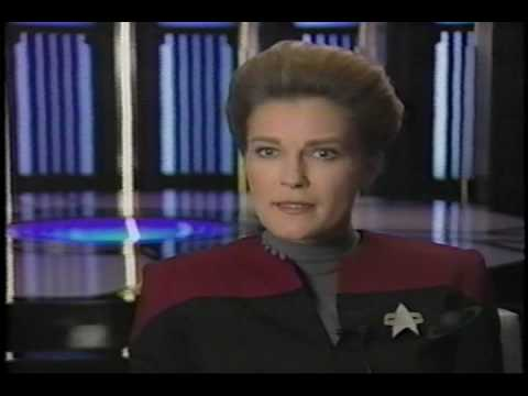 Launch of Star Trek Voyager - 01/12/1995 - 1/4