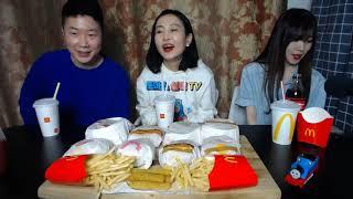맥도날드 버거 3인 의리 먹방(버거 8종) + 2차 ?…