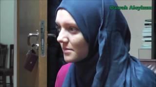 ROMANCA SE CONVERTESTE LA ISLAM | ROMANIAN GIRL CONVERTS TO ISLAM
