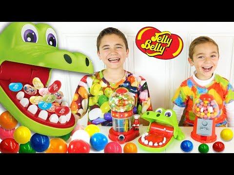 CHALLENGE CROCODILE DENTISTE entre frères - Jelly Belly ou Chewing Gum ? - Jeu Croc Dentiste