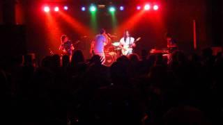 Kaos (ex LaXaTiV) - Neću da budem dio jebene mase, live @Urban Assault (OKC Abrašević, 1.7.2011.)