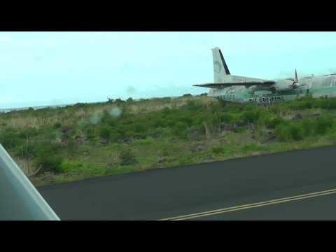 Flight Anjouan - Moroni : landing
