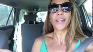 "Ivete Sangalo surpreende fã ao pedir carona: ""ela tá achando que é pegadinha"""