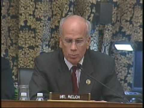 Rep. Peter Welch calls for greater AIG transparency