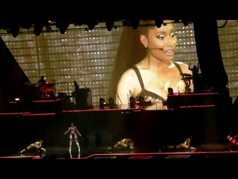Nicki Minaj - The Pinkprint Tour - Live in Paris [DVD]