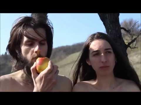 Adam og Eva lærer slovakere å kildesortere