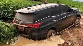 Download Mp3 Toyota Sw4 Aos Limites! Na Lama - Atravessando Rio - Puxando Caminhão! #offroad