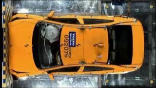 2011 Volvo S60 - Crash Test