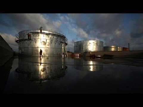 Oil Price Falls Ahead, Predicts Energy Agency