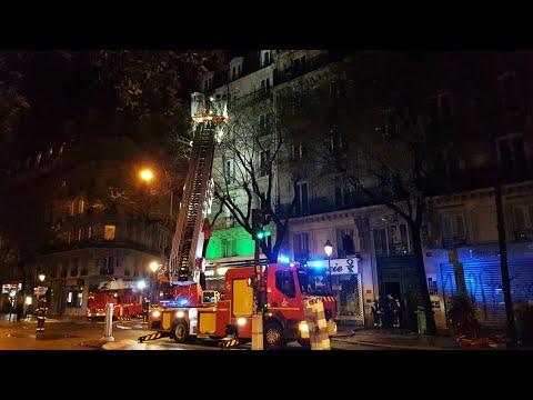 Pompiers de Paris Incendie Bd Magenta Paris 10 ( Paris Fire dept on scene, fire )