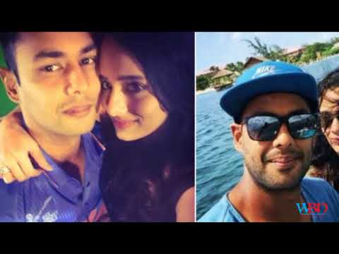 IPL Auction 2018 Host Mayanti Langer Personal Life Facts thumbnail