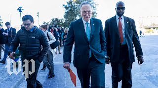 Short-term spending bill fails in the Senate