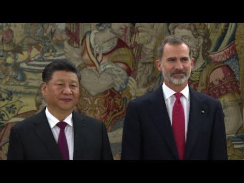 Xi Jinping meets Spanish King Felipe VI in Madrid