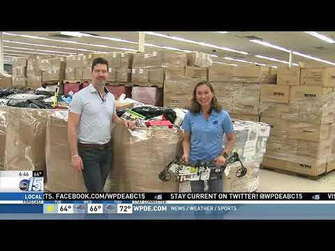 Amanda Live at Bargain Warehouse - Good Morning Carolinas - WPDE ABC 15