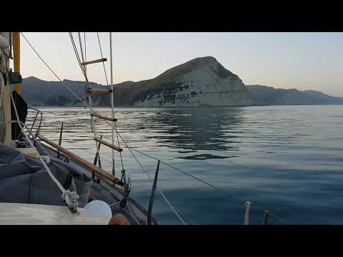 Part 6 Sailing Across Hawke Bay to Mahia - On the way to Cape Kidnappers