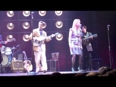 Kathie Lee Gifford Performs with Broadway's MILLION DOLLAR QUARTET