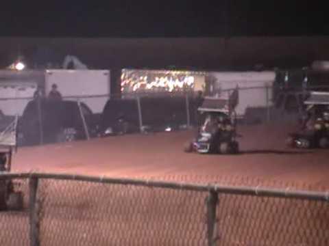 Winged outlaw heat race Selinsgrove Raceway Park 4-17-09