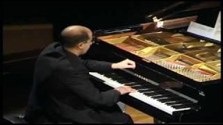 Makrokosmos I, George Crumb [Alfonso Gómez, piano]